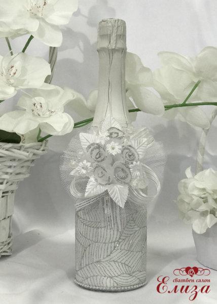 Украсено сватбено шампанско 12